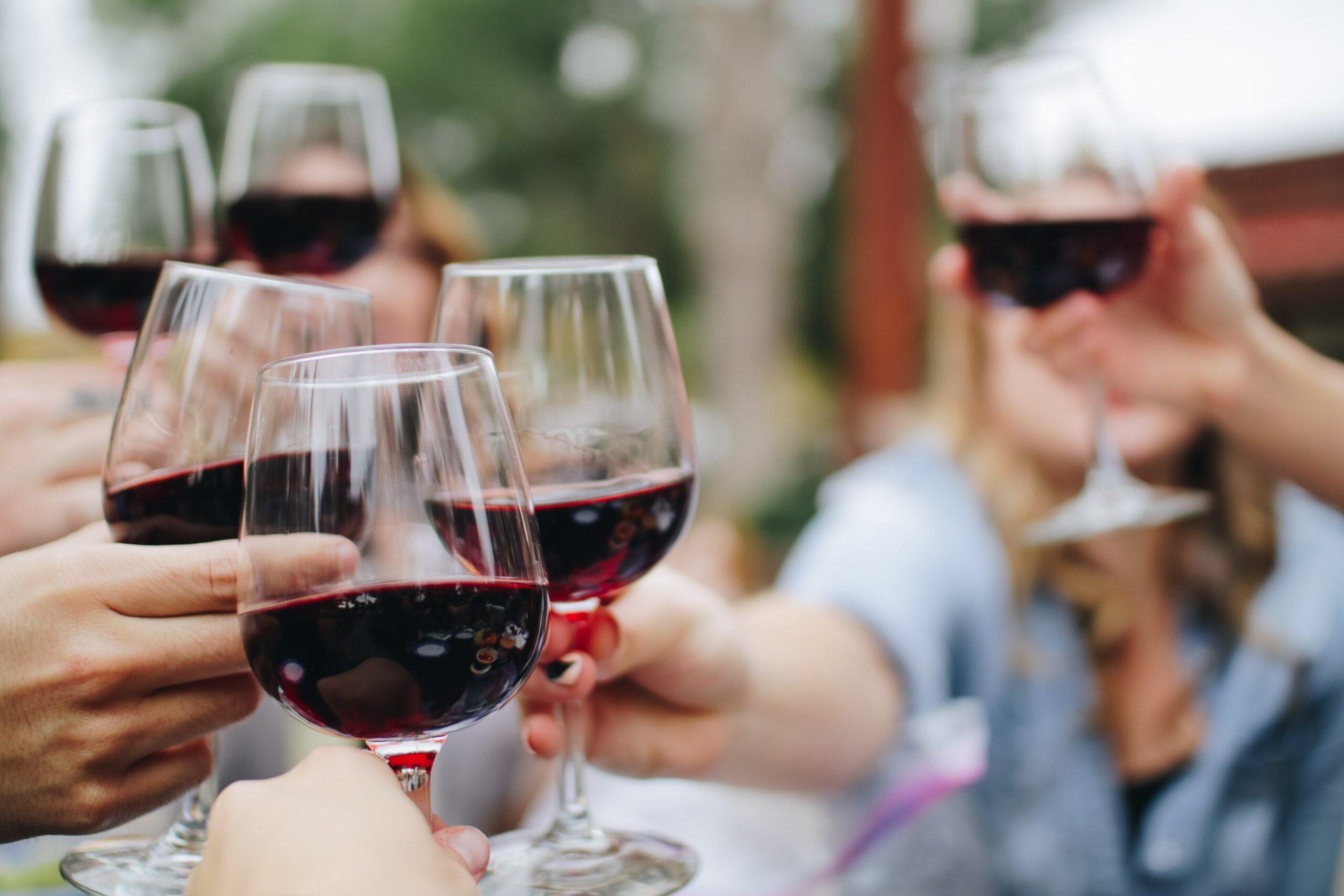 Mulheres lideram posts sobre vinhos no segundo semestre de 2020
