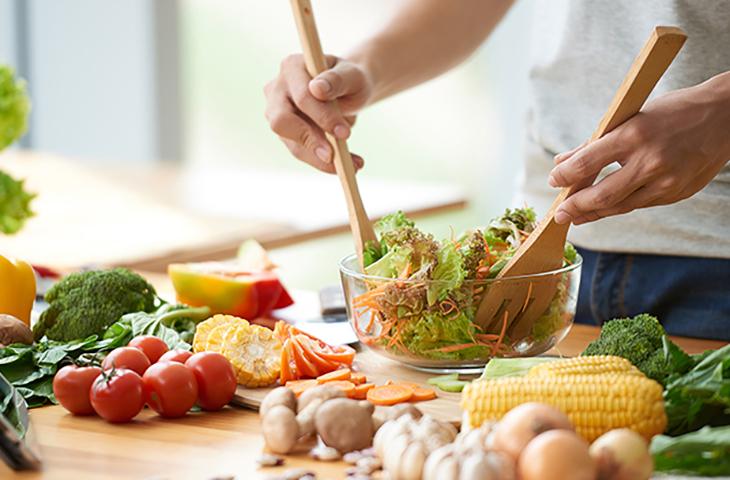 Afetividade e maior contato com o que se come regem as 3 tendências de alimentação mais discutidas por consumidores no Facebook